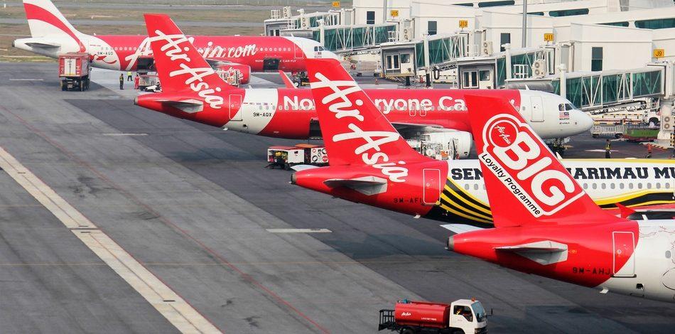 Merugi AirAsia telah  Mengurangi 90% Armada Penerbangan di tengah lonjakan COVID-19 di Malaysia
